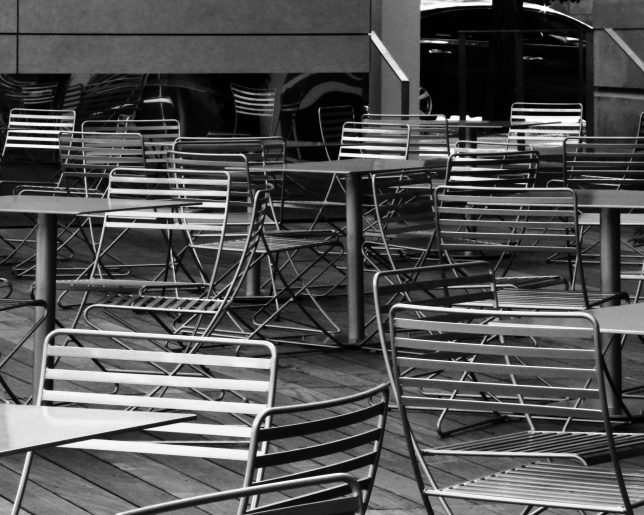 chairs-bw-dallas-july-2016